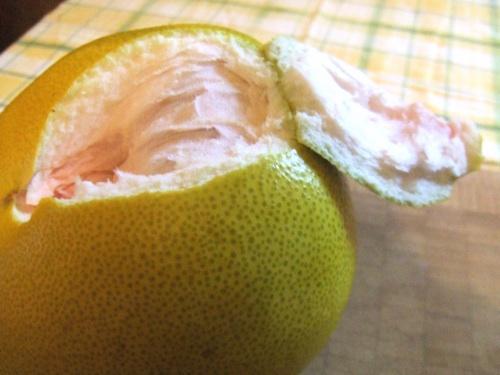 Pomelo first peel