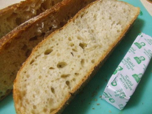 Crusty_bread