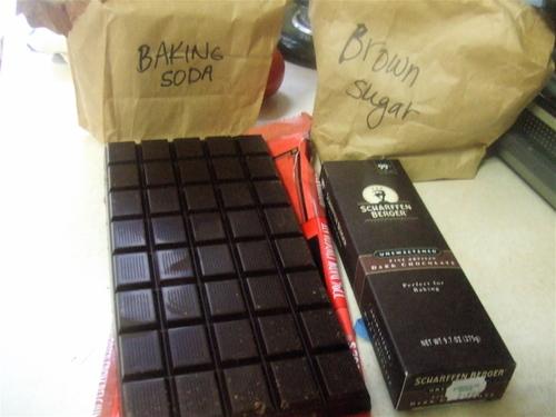 Tjs_chocolate_bar_and_scharffen_ber